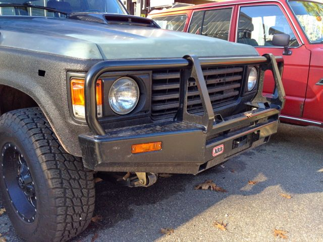 FJ60 for Low Profile Warn Winch